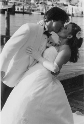 OurWedding_Kiss